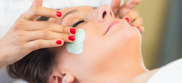 The Benefits of Microdermabrasion Facials