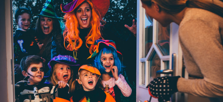 Trick-or-Treating Tips for You and Your Little Ones